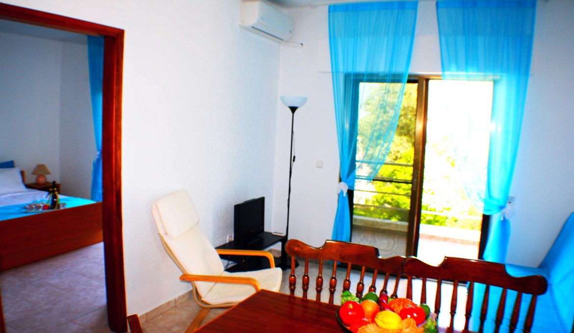 Two (2) Bedrooms Apartment
